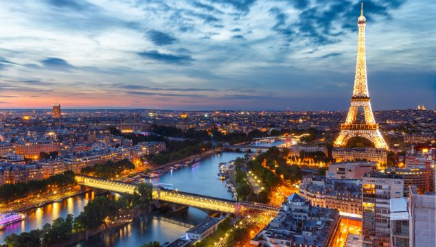 Как осуществить доставку посылки из Москвы в Париж